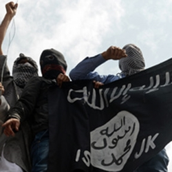 ISIL flag and fighters